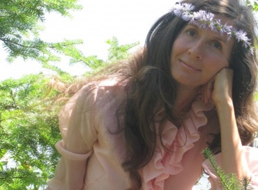 Nadine Artemis - Living Libations