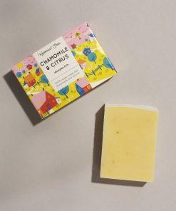 Helemaalshea - Chamomile & Citrus Shampoo Bar 2